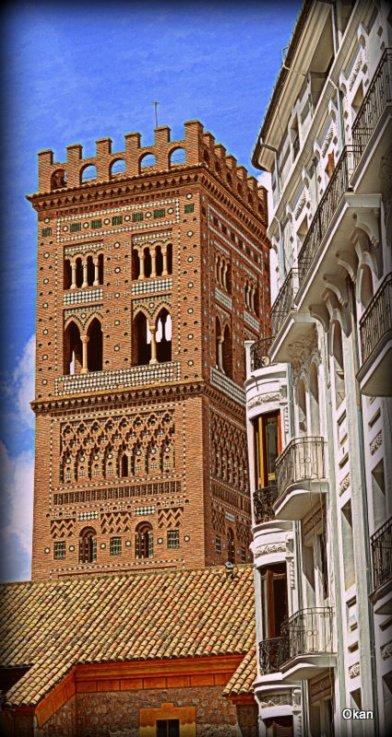 Torre campanario mudejar de la iglesia de San Salvador